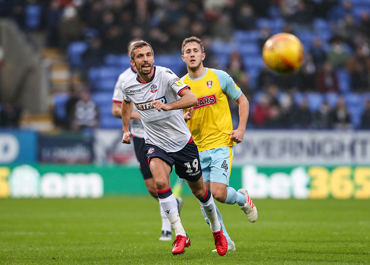 Bolton Wanderers' Gary O'Neil competing with Rotherham United's Will Vaulks<br /> <br /> Photographer Andrew Kearns/CameraSport<br /> <br /> The EFL Sky Bet Championship - Bolton Wanderers v Rotherham United - Wednesday 26th December 2018 - University of Bolton Stadium - Bolton<br /> <br /> World Copyright © 2018 CameraSport. All rights reserved. 43 Linden Ave. Countesthorpe. Leicester. England. LE8 5PG - Tel: +44 (0) 116 277 4147 - admin@camerasport.com - www.camerasport.com