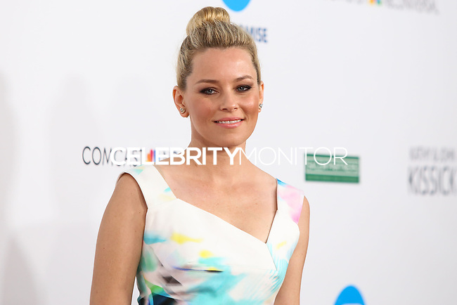 UNIVERSAL CITY, CA, USA - SEPTEMBER 30: Elizabeth Banks arrives at LA's Promise Gala 2014 held at the Globe Theatre at Universal Studios on September 30, 2014 in Universal City, California, United States. (Photo by Xavier Collin/Celebrity Monitor)