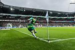 10.02.2019, Weserstadion, Bremen, GER, 1.FBL, Werder Bremen vs FC Augsburg<br /> <br /> DFL REGULATIONS PROHIBIT ANY USE OF PHOTOGRAPHS AS IMAGE SEQUENCES AND/OR QUASI-VIDEO.<br /> <br /> im Bild / picture shows<br /> Milot Rashica (Werder Bremen #11) mit Eckstoss, <br /> <br /> Foto &copy; nordphoto / Ewert