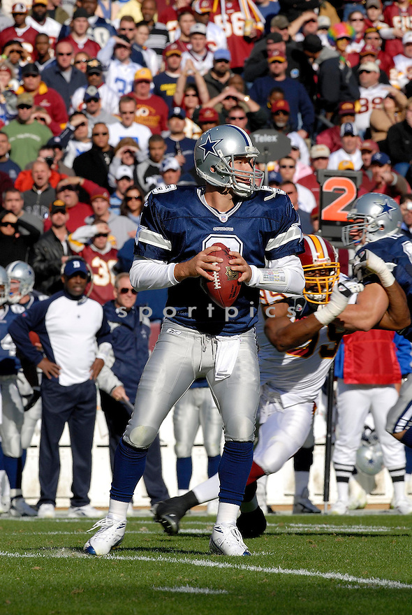 TONY ROMO, of the Dallas Cowboys ,during their game against  the  Washington Redskins on Novmeber 05, 2006 in Washington D.C....Redskins win 22-19..Tomasso DeRosa / SportPics
