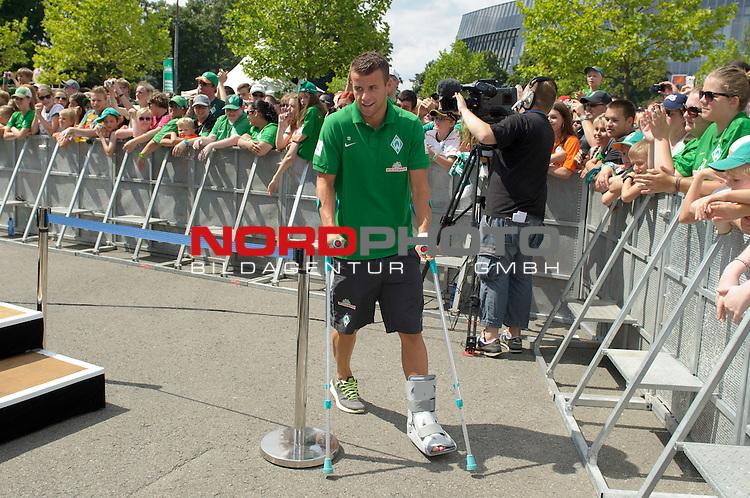 28.07.2013, Weserstadion, Bremen, GER, 1.FBL, Werder Bremen Tag der Fans 2013, im Bild Lukas Schmitz (Bremen #13)<br /> <br /> Foto &copy; nph / Frisch
