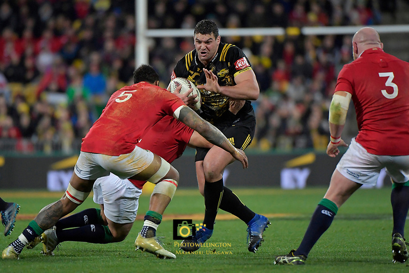 Hurricanes&rsquo; Ben May in action during the New Zealand Lions Series - Hurricanes v British and Irish Lions at Westpac Stadium, Wellington, New Zealand on Tuesday 27 June 2017.<br /> Photo by Masanori Udagawa<br /> www.photowellington.photoshelter.com.