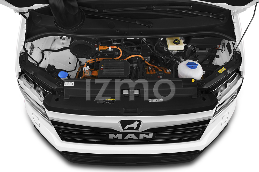 Car Stock 2020 Man TGE - 4 Door Refrigerated Van Engine  high angle detail view