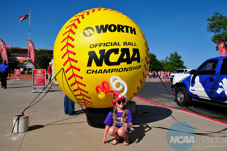 03 JUNE 2013:  The University of Oklahoma takes on the University of Tennessee during the Division I Women's Softball Championship held at ASA Hall of Fame Stadium in Oklahoma City, OK. Oklahoma defeated Tennessee 5-3 to win the national championship.  Nick Oxford/NCAA Photos