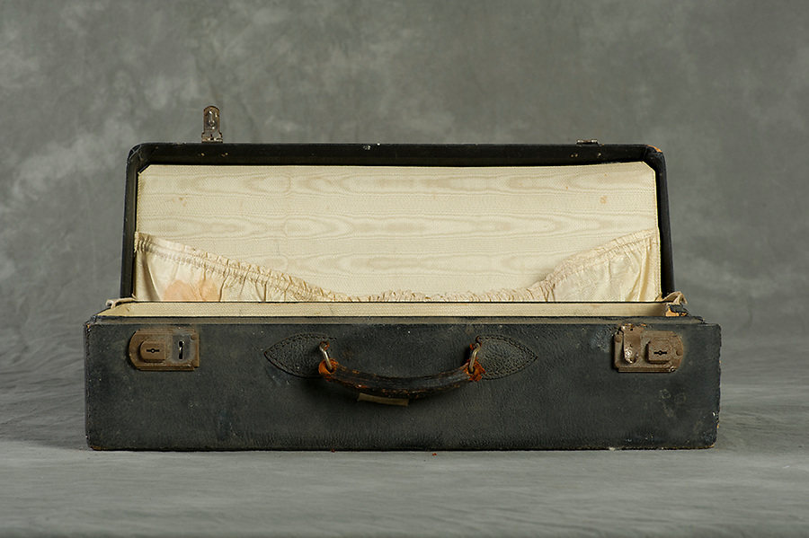 Willard Suitcases / Mary Agnes K / ©2013 Jon Crispin