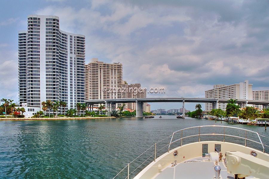 Intercoastal Waterway, Miami  Florida, USA, Skyline, Intracoastal Waterway, connects, navigable rivers, shipping, traffic, travel, inland ports