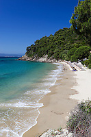 Greece, Thessaly, Northern Sporades, Island Skiathos, near Koukounaries: Mystique beach at Koukounaries Bay | Griechenland, Thessalien, Noerdliche Sporaden, Insel Skiathos, bei Koukounaries: Mystique beach an der Koukounaries Bay