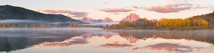 67545-08817 Sunrise at Oxbow Bend in fall, Grand Teton National Park, WY