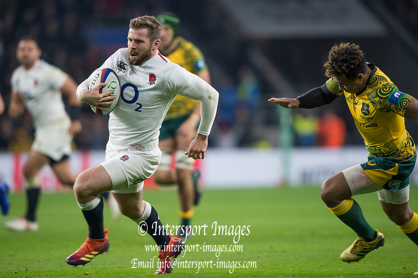 Twickenham, United Kingdom, Saturday, 24th  November 2018, RFU, Rugby, Stadium, England, Elliot DALY, running throught the mid field, during the Quilter Autumn International, England vs Australia, © Peter Spurrier