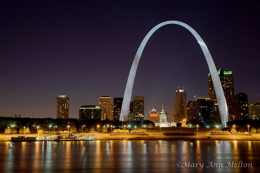 A view of St Louis reflected in the Mississippi River