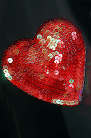 Cuore, simbolo della passione e dell' amore. .Heart, symbol of passion and love ...