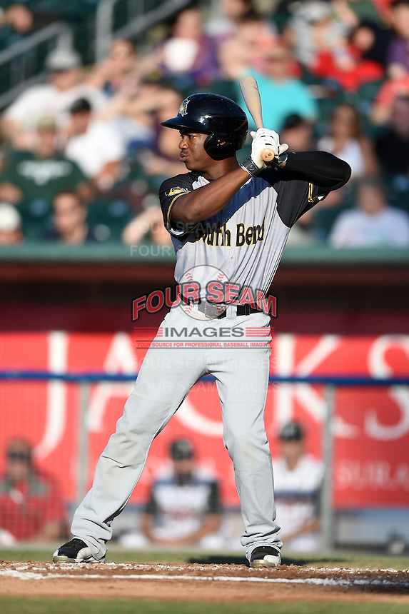 South Bend Silver Hawks outfielder Chuck Taylor (11) at bat during a game against the Lansing Lugnuts on June 6, 2014 at Cooley Law School Stadium in Lansing, Michigan.  South Bend defeated Lansing 13-5.  (Mike Janes/Four Seam Images)