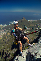 CAPE TOWN, SOUTH AFRICA, DECEMBER 2004. Abseiling from Table Mountain in Cape Town is the preferred way down. South African Nature offers some of the world's best adrenaline sports and outdoor challenges. Photo by Frits Meyst/Adventure4ever.com