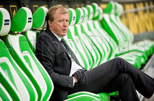 07.02.2011 Steve McClaren has been sacked by Wolfsburg  after a string of poor results. The former England manager leaves the club 12th in the Bundesliga, and has been replaced by his erstwhile assistant, Pierre Littbarski.