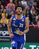Basketball  1. Bundesliga  2016/2017  Hauptrunde  17. Spieltag  30.12.2016 Walter Tigers Tuebingen - FRAPORT SKYLINERS Frankfurt Jubel Shavon Shields (Frankfurt)