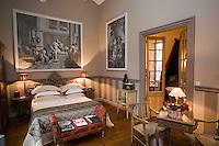 "Europe/France/Languedoc-Roussillon/30/Gard/Nîmes: Hotel-Chambres d'Hotes ""Jardins Secrets"""