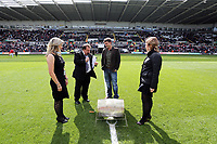 Pictured: Former Swansea player James Thomas (2nd R). Saturday 04 May 2013<br />
