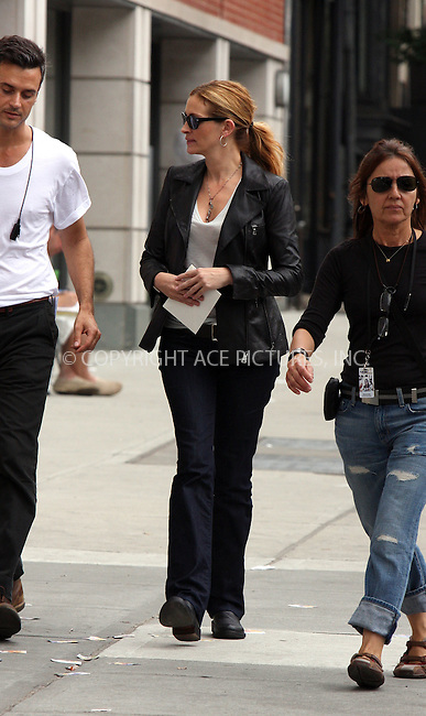 WWW.ACEPIXS.COM . . . . .  ....August 9 2009, New York City....Actress Julia Roberts was on the Brooklyn set of the new movie 'Eat Pray Love' on August 9 2009 in New York City....Please byline: AJ Sokalner - ACEPIXS.COM..... *** ***..Ace Pictures, Inc:  ..tel: (212) 243 8787..e-mail: info@acepixs.com..web: http://www.acepixs.com