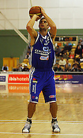 Arthur Trousdell shoots a penalty during the NBL Round 14 match between the Manawatu Jets  and Wellington Saints. Arena Manawatu, Palmerston North, New Zealand on Saturday 31 May 2008. Photo: Dave Lintott / lintottphoto.co.nz