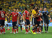 FORTALEZA - BRASIL -04-07-2014. Jugadores de Colombia (COL) se consuelan mutuamente despues de perder el partido de los cuartos de final contra Brasil (BRA) por la Copa Mundial de la FIFA Brasil 2014 jugado en el estadio Castelao de Fortaleza./ Players of Colombia (COL) comfort themselves after losing the match of the Quarter Finals against Brazil (BRA) for the 2014 FIFA World Cup Brazil played at Castelao stadium in Fortaleza: Photo: VizzorImage / Alfredo Gutiérrez / Contribuidor