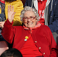 20191027 - Boreham Wood: Arsenal's long time supporter is pictured before the Barclays FA Women's Super League match between Arsenal Women and Manchester City Women on October 27, 2019 at Boreham Wood FC, England. PHOTO:  SPORTPIX.BE | SEVIL OKTEM