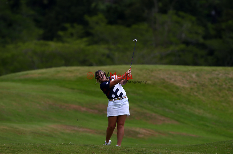 Ela Grimwood of North Harbour. Woman's Toro Interprovincial Championship Final, Riverside Golf Club, Lochiel Course, Hamilton, Saturday 13th December 2014. Photo: Simon Watts/www.bwmedia.co.nz <br /> All images &copy; NZ Golf and BWMedia.co.nz