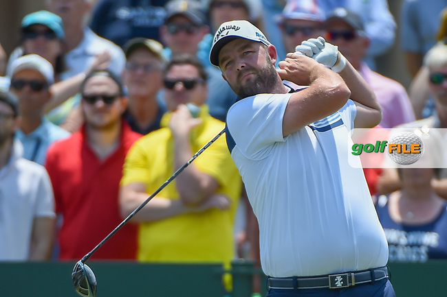 Marc Leishman (AUS) watches his tee shot on 1 during round 1 of The Players Championship, TPC Sawgrass, at Ponte Vedra, Florida, USA. 5/10/2018.<br /> Picture: Golffile   Ken Murray<br /> <br /> <br /> All photo usage must carry mandatory copyright credit (&copy; Golffile   Ken Murray)
