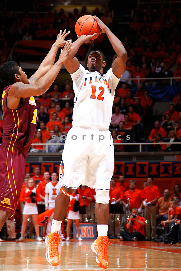 CHAMPAIGN, IL - JANUARY 9: Brandon Paul #12 of the Illinois Fighting Illini shoots the ball against the Minnesota Golden Gophers during the game at Assembly Hall on January 9, 2013 in Champaign, Illinois. Brandon Paul