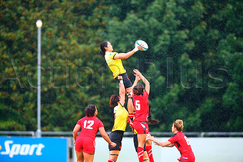 23.08.2015. Dublin, Ireland. Women's Sevens Series Qualifier 2015. Wales versus China<br /> Qishi Guan (China) gathers the lineout ball.