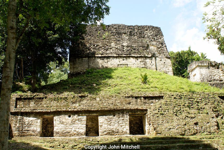 Building in the Seven Temples complex, Maya ruins of Tikal, El Peten, Guatemala. Tikal is a UNESCO World Heritage Site....