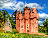 Craigievar the fairytale Scottish Castle on Royal Deeside, Scotland. Craigievar Castle has a fairytale look to it, due to its many turrets and gargoyles. Built on  the L plan it was comleted in 1626. Originally Craigievar Castle was surrounded by 4 round courtyard towers, only one of which remains.<br /> During the first world war Craigievar Castle was used as a hospital for wounded Belgian soldiers.<br /> www.dsider.co.uk dsider online magazine,whats's on Craigievar, photography courses<br /> Photography by Bill Bagshaw photographers &amp; photography courses Craigievar