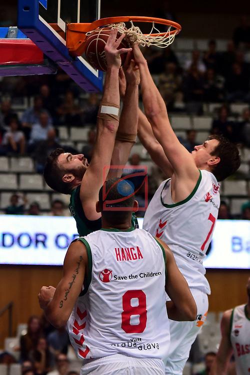 League ACB-ENDESA 2016/2017. Game: 5.<br /> Divina Seguros Joventut vs Baskonia: 83-90.<br /> Albert Miralles, Adam Hanga &amp; Johannes Voigtmann.