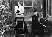 Christmas in Connecticut (1945) <br /> Barbara Stanwyck &amp; Dennis Morgan<br /> *Filmstill - Editorial Use Only*<br /> CAP/KFS<br /> Image supplied by Capital Pictures