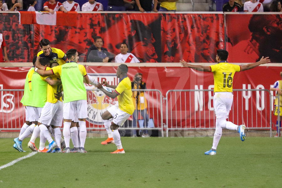 Harrison (EUA), 05/09/2019 - Amistoso Internacional - Peru x Equador -  Jogadores do Equador comemoram gol de Erick Castillo  durante partida contra o Peru amistoso internacional na Red Bull Arena em Harrison nos Estados Unidos nesta quinta-feira, 05.   (Foto: William Volcov/Brazil Photo Press)