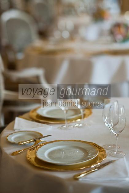 Europe/Monaco/Monte Carlo: restaurant: Louis XV / Alain Ducasse à l'Hôtel de Paris - Détail table dressée [Non destiné à un usage publicitaire - Not intended for an advertising use]