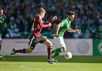 FUSSBALL   1. BUNDESLIGA   SAISON 2013/2014   7. SPIELTAG SV Werder Bremen - 1. FC Nuernberg                    29.09.2013 Niklas Stark (li, 1. FC Nuernberg) gegen Mehmet Ekici (re, SV Werder Bremen)