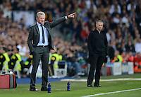 FUSSBALL   CHAMPIONS LEAGUE SAISON 2011/2012  HALBFINALE  RUECKSPIEL      Real Madrid - FC Bayern Muenchen           25.04.2012 Trainer Jupp Heynckes  (li, FC Bayern Muenchen)  und Trainer Jose Mourinho (re, Real Madrid)  an der Seitenlinie
