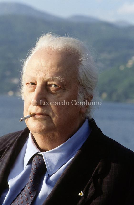 """Piero Bigongiari (Navacchio, 15 ottobre 1914 – Firenze, 7 ottobre 1997) è stato un poeta italiano annoverato tra i """"maestri"""" ermetici del Novecento. Luino 1986. © Leonardo Cendamo"""