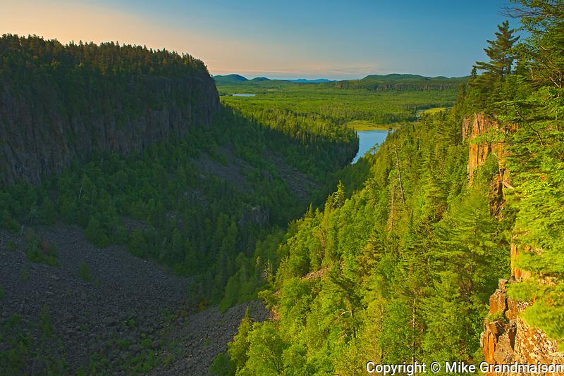Ouimet Canyon looking towards Lake Superior, Ouimet Canyon Provincial Park, Ontario, Canada