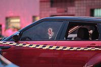 SÃO PAULO,SP, 30.03.2016 - CRIME-SP - Duas pessoas foram baleadas na Avenida Joaquina Ramalho no bairro de Vila Guilherme na tarde desta quarta-feira (30). Segundo informações uma vítima morreu no local e outra levada para um hospital da região. ( Foto : Marcio Ribeiro / Brazil Photo Press)