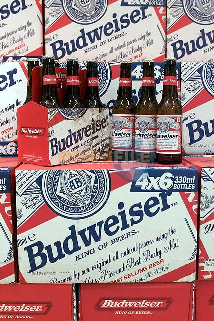 Supervalu Budweiser.Picture Fran Caffrey Newsfile