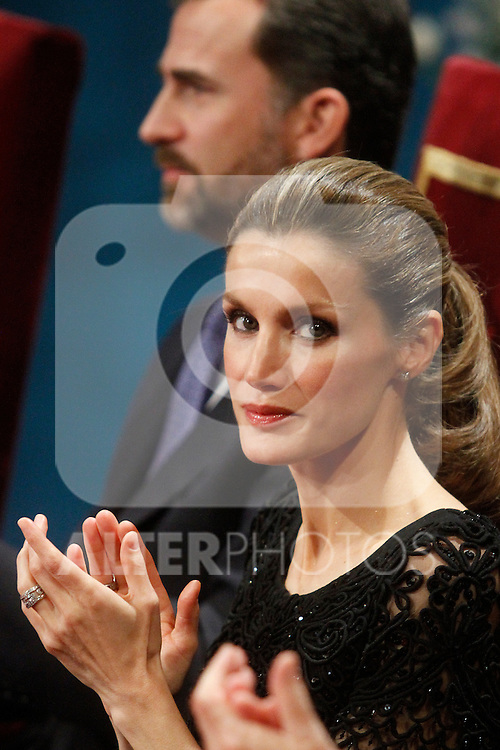OVIEDO, Spain (22/10/2010).-  Prince of Asturias Awards 2010 Ceremony. Princess Letizia and Prince Felipe...Photo: POOL / Robert Smith  / ALFAQUI