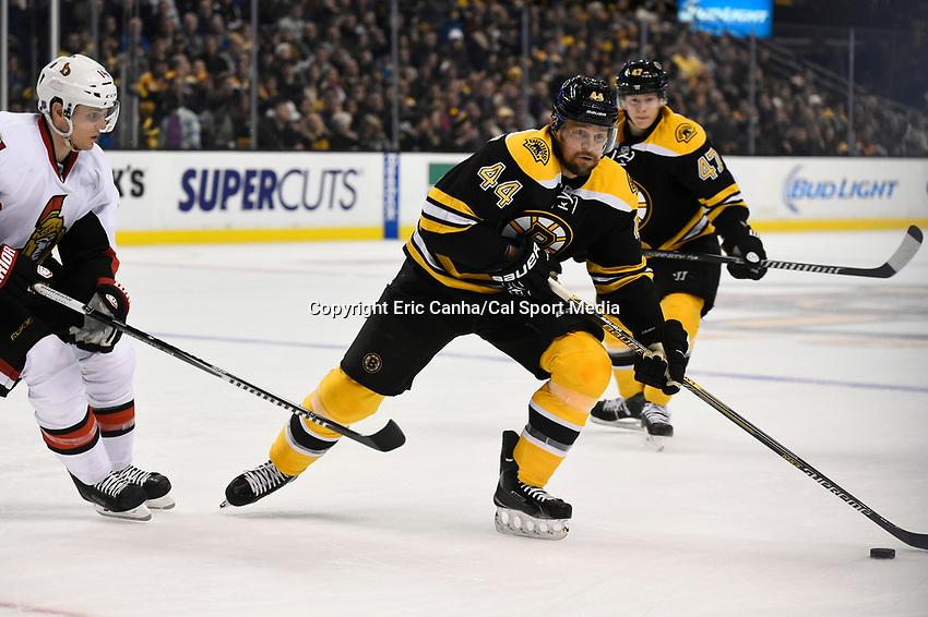 January 3, 2015 - Boston, Massachusetts, U.S. - Boston Bruins defenseman Dennis Seidenberg (44) in game action during the NHL game between the Ottawa Senators and the Boston Bruins held at TD Garden in Boston Massachusetts. Eric Canha/CSM