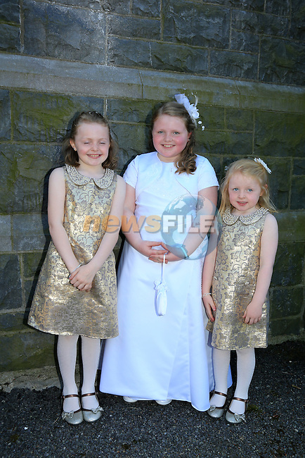 Shannon Briscoe and Sisters Katlynn and Erin at first communion in Termonfeckin.<br /> Picture:  www.newsfile.ie