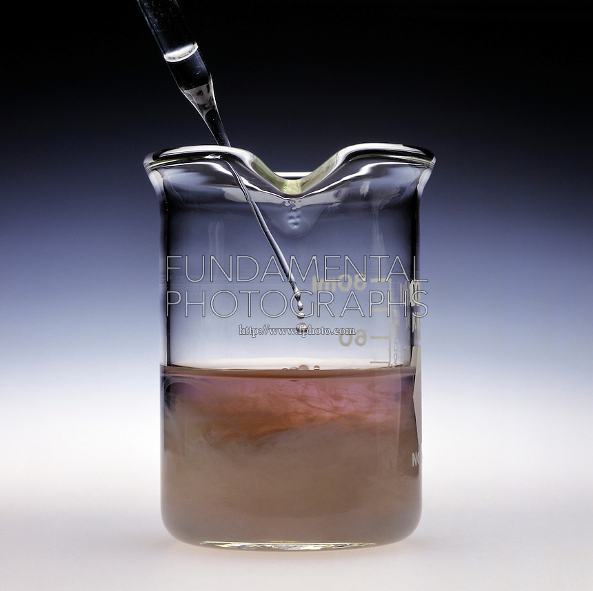 OXIDATION STATES OF CHROMIUM 1 of 3)<br /> Addition of Sodium Hydroxide To Chromic Nitrate<br /> 1M NaOH is slowly added to Cr(NO3)3(aq) yielding a slimy pale green precipitate of chromic hydroxide, Cr(OH)3(s).