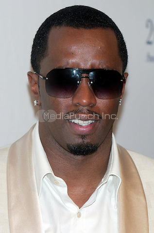 Sean Diddy Combs at the arrivals for the 35th Fragrance Foundation FIFI AWARDS at the Winter Garden at the World Financial Center in New York City. May 31, 2007 <br /> <br /> &copy; Joseph Marzullo / MediaPunch