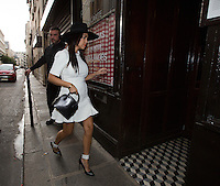 Scott Disick & Kourtney Kardashian go 'Chez l'Ami Louis' restaurant for pre-wedding  dinner  - Paris