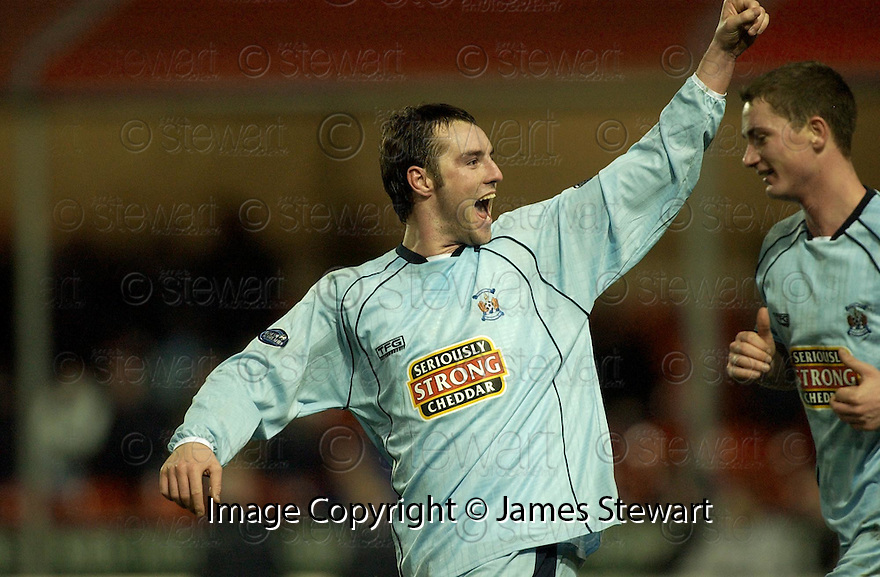 17/12/2005         Copyright Pic: James Stewart.File Name : sct_jspa08 falkirk v kilmarnock.KRIS BOYD CELEBRATES AFTER HE SCORES KILMARNOCK'S WINNER.. .Payments to :.James Stewart Photo Agency 19 Carronlea Drive, Falkirk. FK2 8DN      Vat Reg No. 607 6932 25.Office     : +44 (0)1324 570906     .Mobile   : +44 (0)7721 416997.Fax         : +44 (0)1324 570906.E-mail  :  jim@jspa.co.uk.If you require further information then contact Jim Stewart on any of the numbers above.........