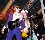 Mott The Hoople 1974 Ian Hunter at Buxton Festival.© Chris Walter.