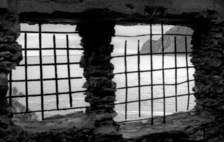 01.2010 Cinque terre (Italia)<br /> <br /> Landscape of the coast.<br /> <br /> Paysage de la c&ocirc;te.